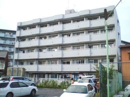 愛知県名古屋市南区、堀田駅徒歩21分の築23年 5階建の賃貸マンション