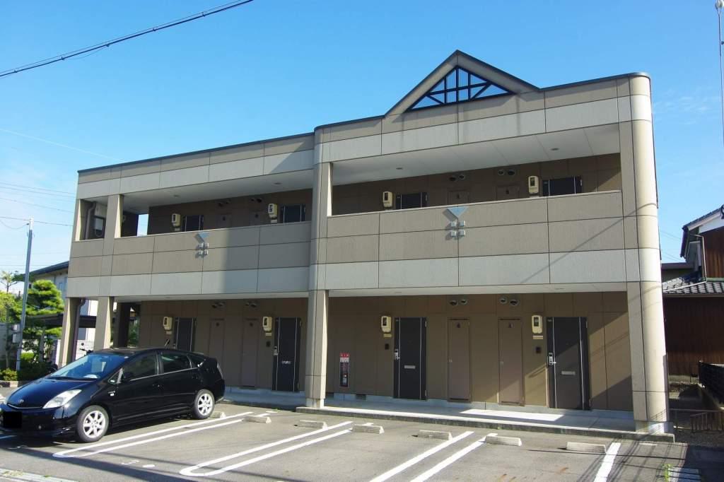 愛知県碧南市、碧南中央駅徒歩25分の築9年 2階建の賃貸アパート