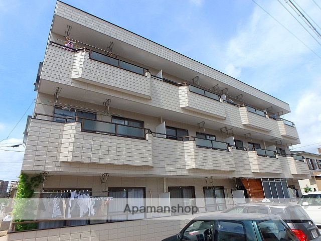愛知県名古屋市天白区、塩釜口駅徒歩20分の築27年 3階建の賃貸マンション