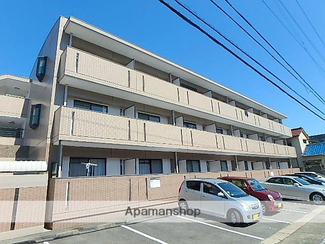 愛知県名古屋市天白区、塩釜口駅徒歩10分の築17年 3階建の賃貸マンション