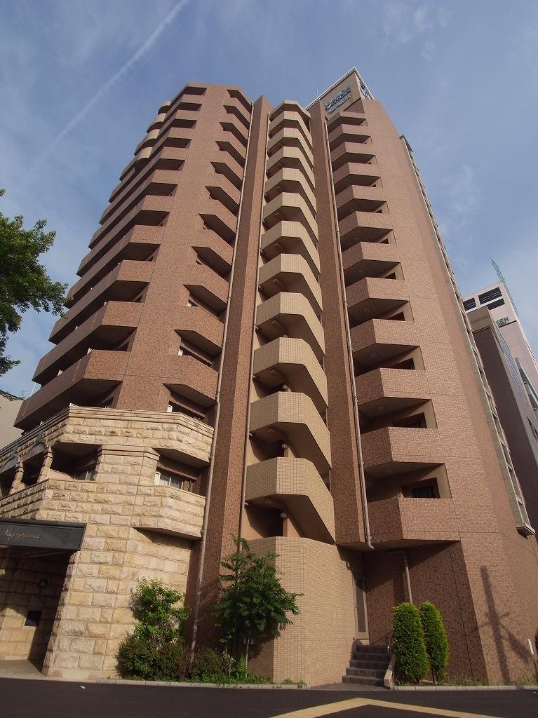 愛知県名古屋市中区、市役所駅徒歩13分の築13年 13階建の賃貸マンション