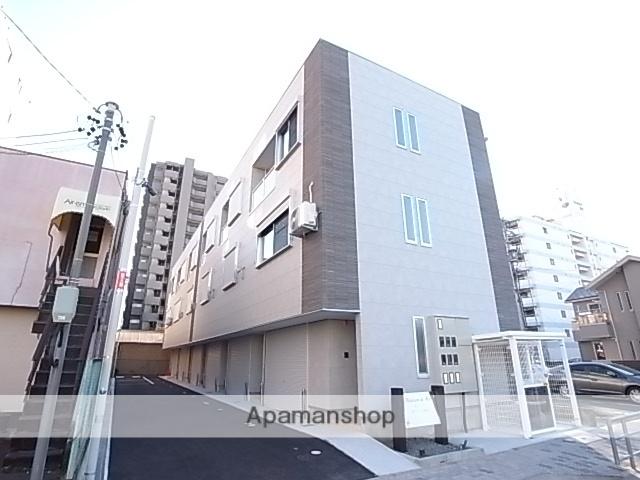 愛知県名古屋市熱田区、熱田駅徒歩8分の築4年 3階建の賃貸テラスハウス