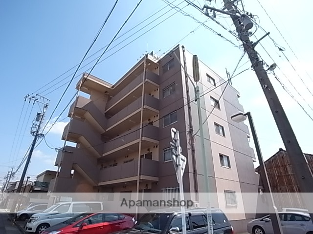 愛知県名古屋市熱田区、日比野駅徒歩11分の築25年 5階建の賃貸マンション