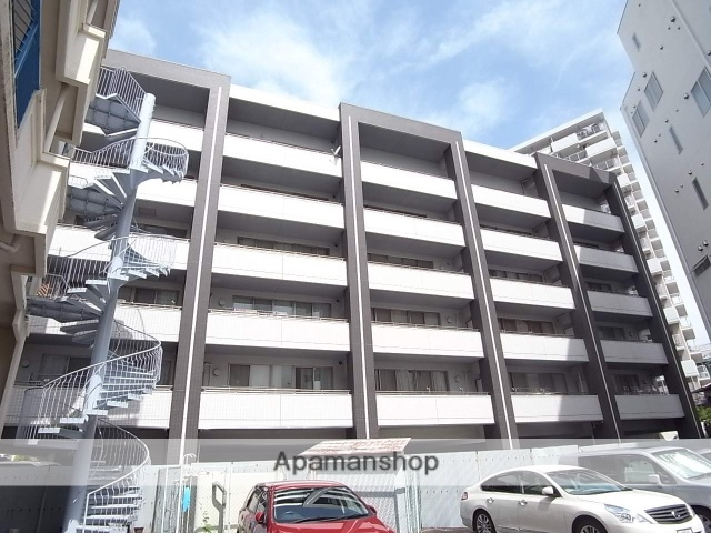 愛知県名古屋市中区、金山駅徒歩12分の築9年 6階建の賃貸マンション