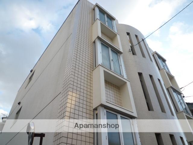 愛知県名古屋市北区、尼ヶ坂駅徒歩4分の築26年 3階建の賃貸マンション
