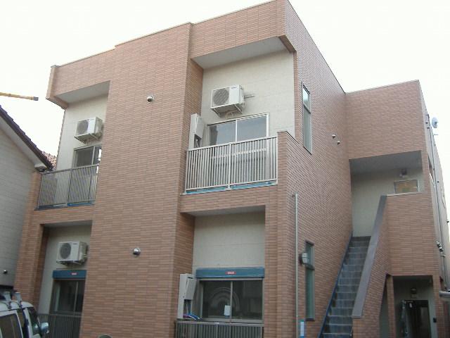 愛知県名古屋市北区、尼ヶ坂駅徒歩10分の築8年 2階建の賃貸アパート