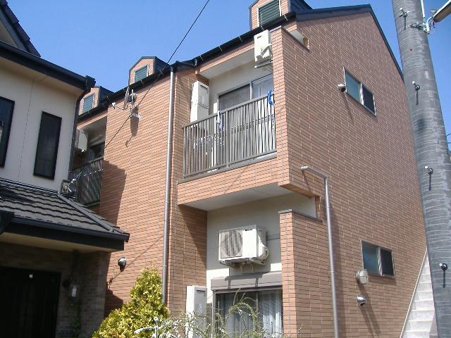 愛知県名古屋市北区、平安通駅徒歩10分の築8年 2階建の賃貸アパート