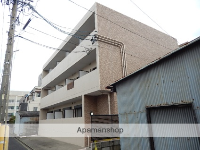 愛知県名古屋市北区、尼ヶ坂駅徒歩8分の築18年 3階建の賃貸マンション