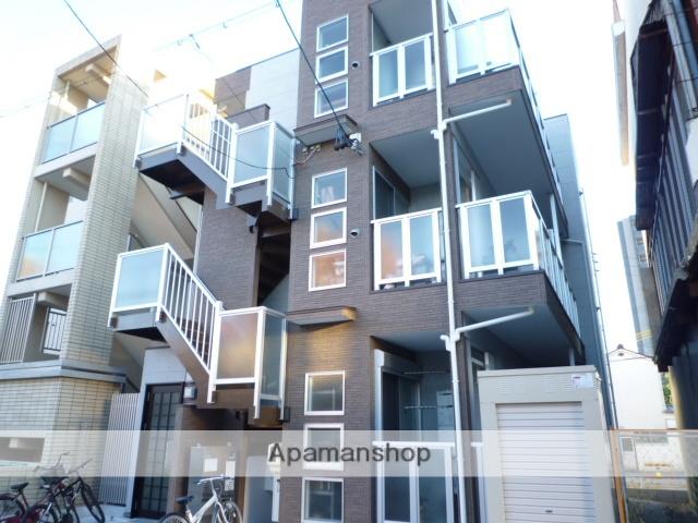 愛知県名古屋市北区、志賀本通駅徒歩2分の築8年 3階建の賃貸アパート
