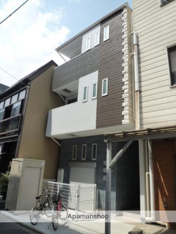 愛知県名古屋市東区、千種駅徒歩7分の築5年 3階建の賃貸アパート