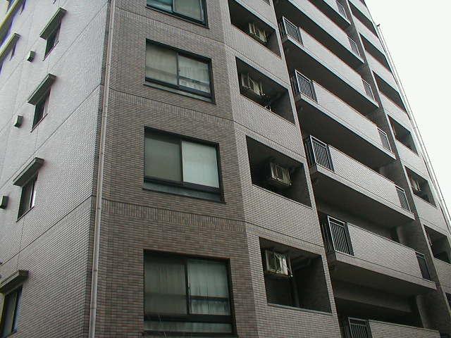愛知県名古屋市東区、栄駅徒歩15分の築23年 15階建の賃貸マンション