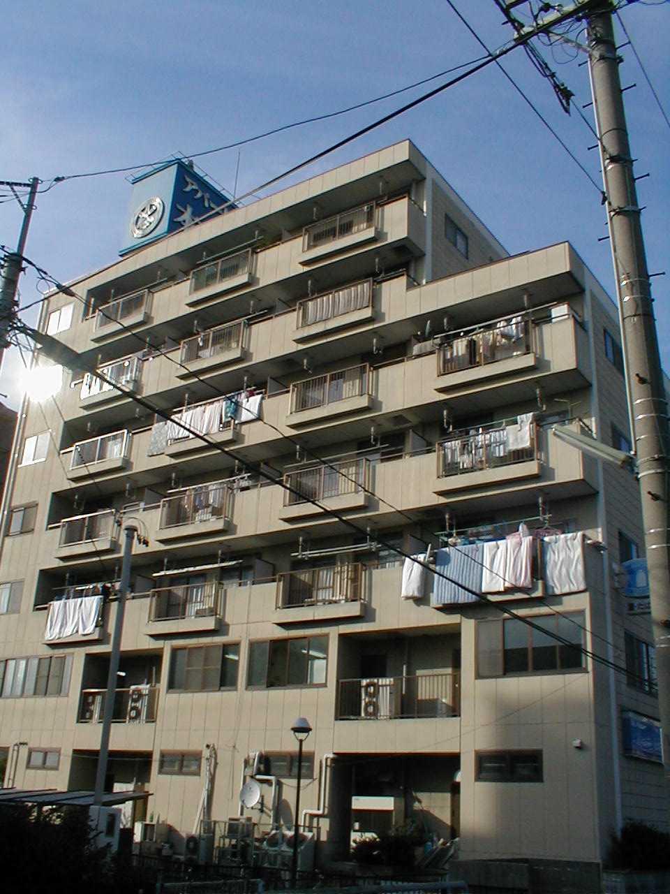 愛知県名古屋市守山区、小幡駅徒歩10分の築27年 7階建の賃貸マンション