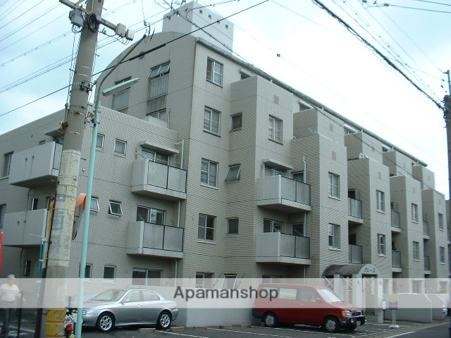 愛知県名古屋市守山区、守山自衛隊前駅徒歩4分の築28年 6階建の賃貸マンション