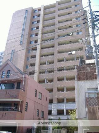愛知県名古屋市東区、栄町駅徒歩8分の築9年 15階建の賃貸マンション