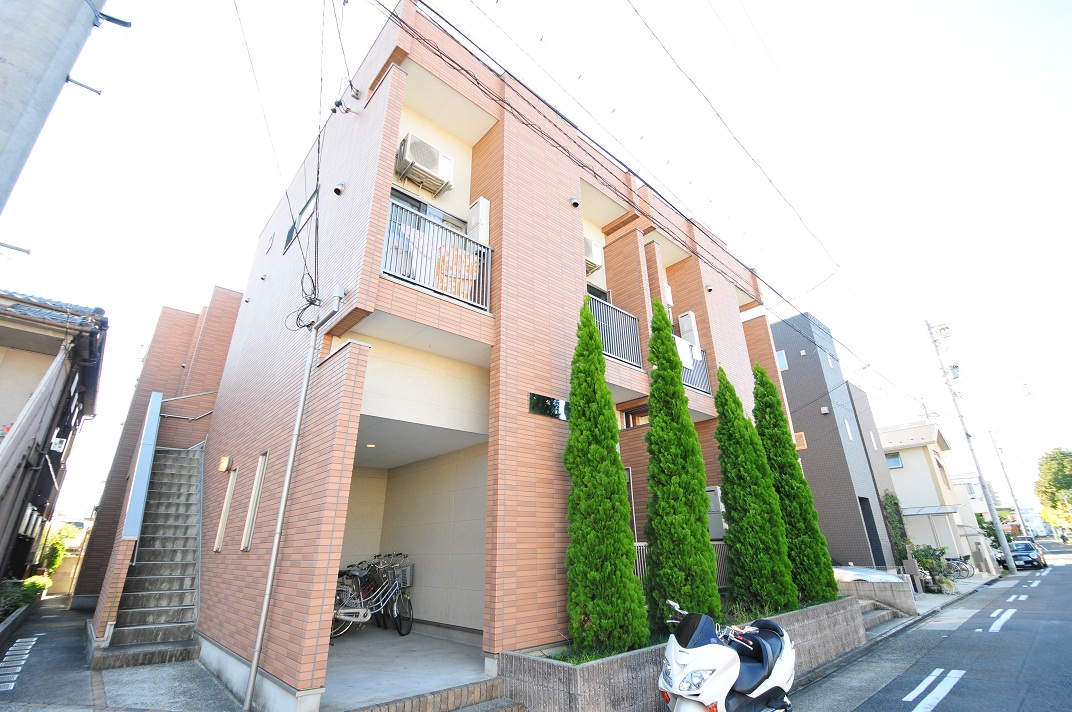 愛知県名古屋市守山区、新守山駅徒歩7分の築8年 2階建の賃貸アパート