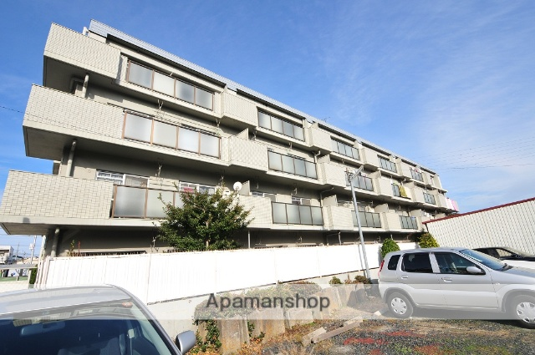 愛知県名古屋市守山区、新守山駅徒歩10分の築26年 4階建の賃貸マンション