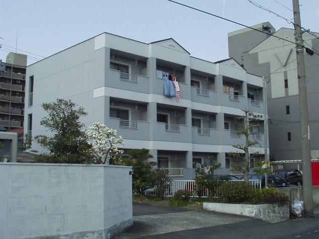愛知県春日井市、春日井駅徒歩4分の築26年 3階建の賃貸マンション