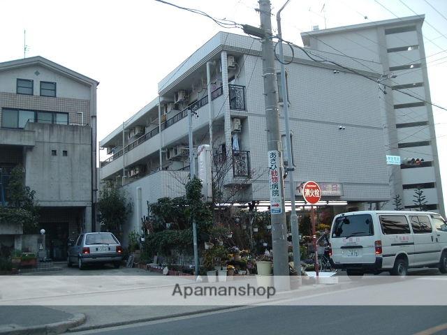 愛知県名古屋市守山区、藤が丘駅徒歩19分の築27年 3階建の賃貸マンション