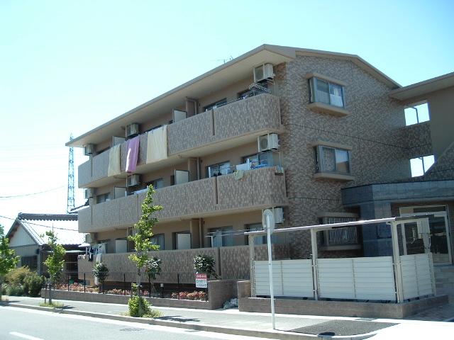 愛知県名古屋市守山区、神領駅徒歩37分の築11年 3階建の賃貸マンション
