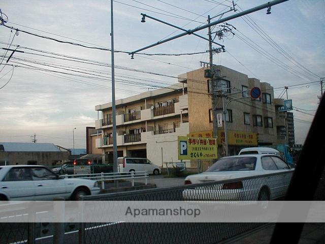 愛知県名古屋市守山区、新守山駅徒歩7分の築31年 3階建の賃貸マンション