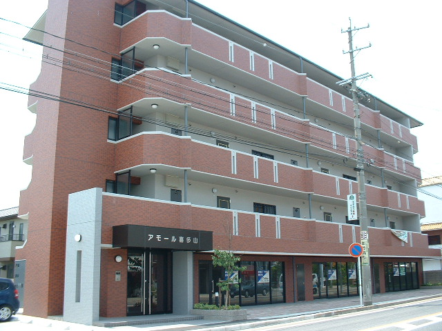 愛知県名古屋市守山区、喜多山駅徒歩5分の築14年 5階建の賃貸マンション