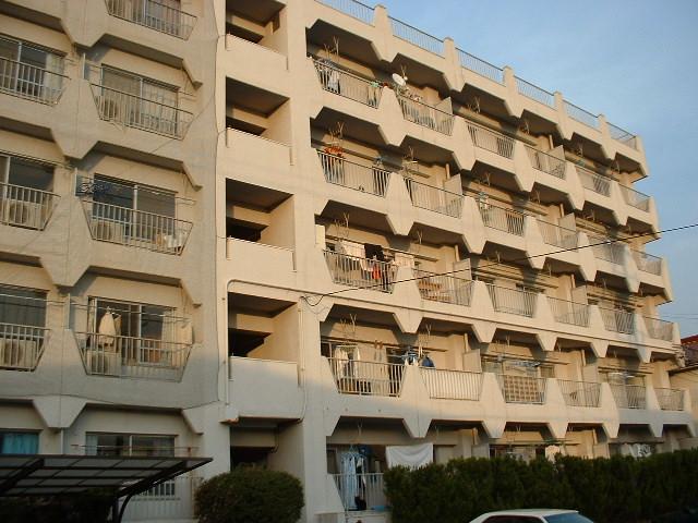 愛知県瀬戸市、新瀬戸駅徒歩25分の築29年 5階建の賃貸マンション