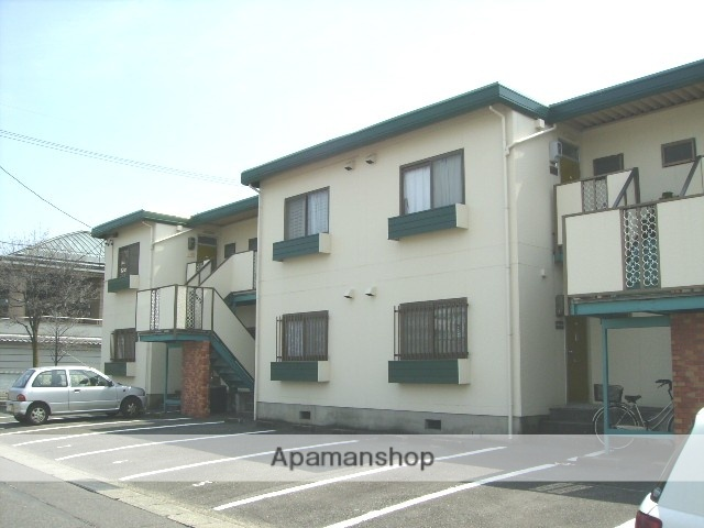 愛知県名古屋市守山区、藤が丘駅徒歩20分の築32年 2階建の賃貸アパート