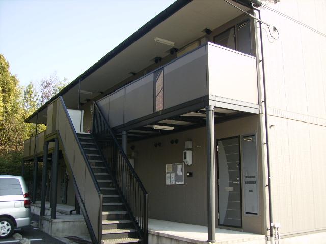 愛知県瀬戸市、瀬戸市役所前駅徒歩19分の築16年 2階建の賃貸アパート
