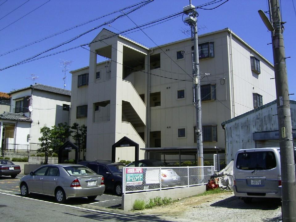 愛知県瀬戸市、新瀬戸駅徒歩14分の築27年 3階建の賃貸マンション
