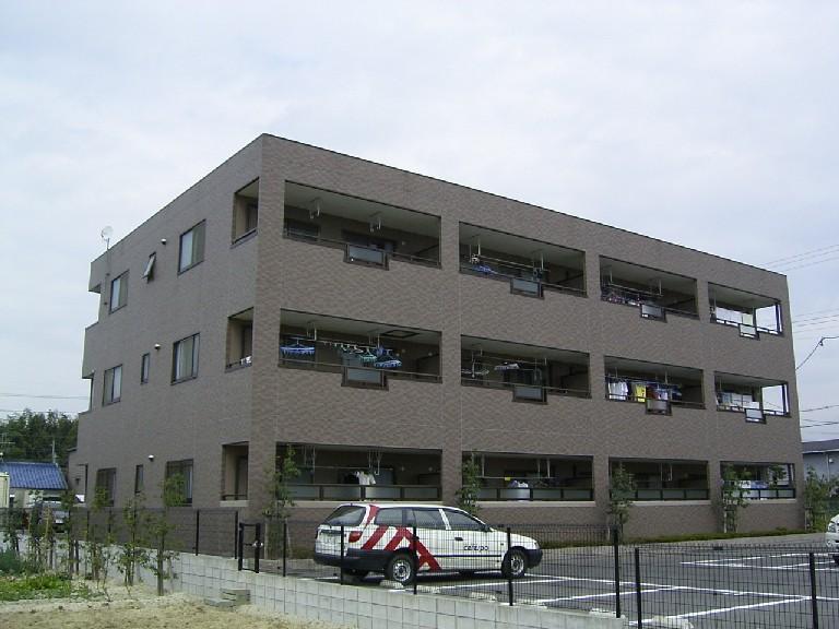 愛知県瀬戸市の築15年 3階建の賃貸マンション