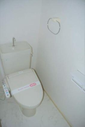 ソレイユ新舞子[2LDK/49.5m2]のトイレ