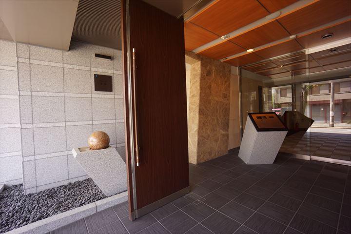 愛知県名古屋市中区、東別院駅徒歩8分の築8年 14階建の賃貸マンション
