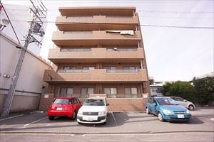愛知県名古屋市東区、清水駅徒歩14分の築15年 5階建の賃貸マンション