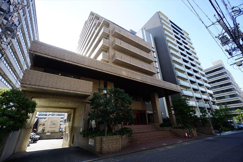 愛知県名古屋市中区、伏見駅徒歩13分の築28年 13階建の賃貸マンション