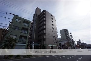 愛知県名古屋市東区、千種駅徒歩10分の築17年 9階建の賃貸マンション
