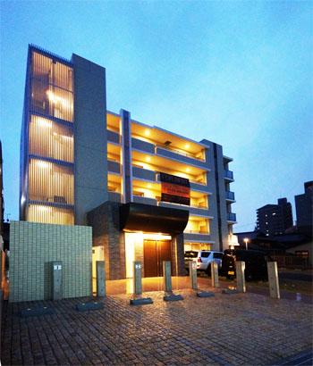 愛知県名古屋市東区、尼ヶ坂駅徒歩15分の築3年 5階建の賃貸マンション