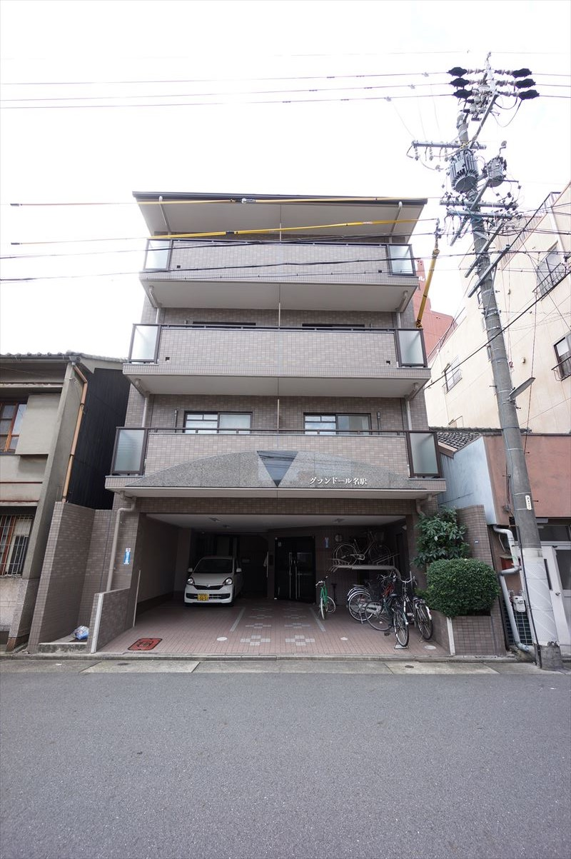 愛知県名古屋市中村区、名古屋駅徒歩7分の築15年 4階建の賃貸マンション