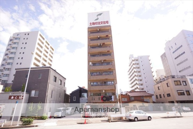愛知県名古屋市中区、鶴舞駅徒歩12分の築28年 9階建の賃貸マンション