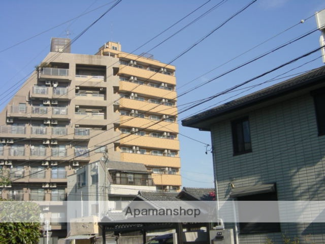愛知県名古屋市千種区、鶴舞駅徒歩11分の築21年 11階建の賃貸マンション