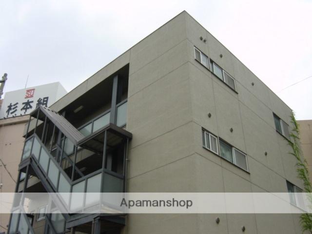愛知県名古屋市中区、金山駅徒歩8分の築32年 3階建の賃貸マンション
