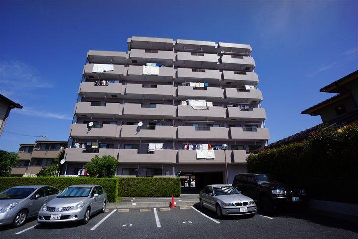愛知県名古屋市東区、新栄町駅徒歩13分の築22年 7階建の賃貸マンション