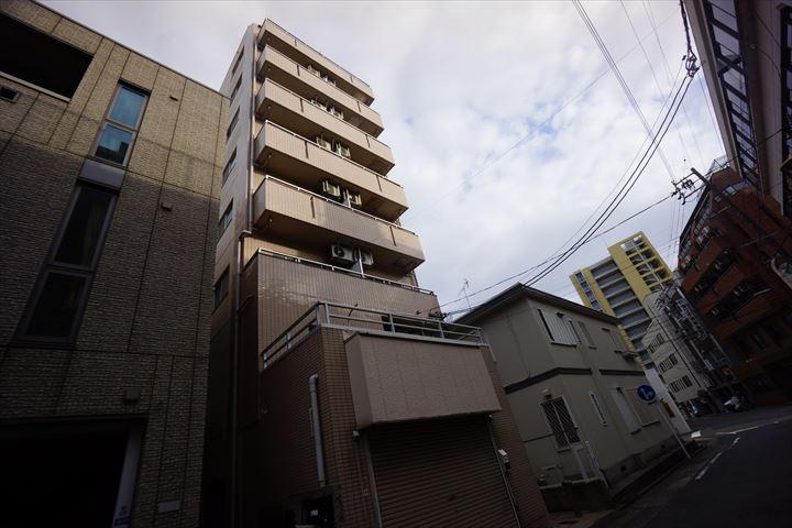 愛知県名古屋市中区、鶴舞駅徒歩3分の築20年 8階建の賃貸マンション