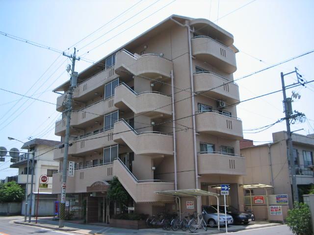 愛知県名古屋市中村区、名古屋駅徒歩10分の築22年 5階建の賃貸マンション
