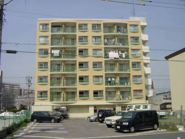 愛知県名古屋市東区、自由ヶ丘駅徒歩19分の築39年 7階建の賃貸マンション
