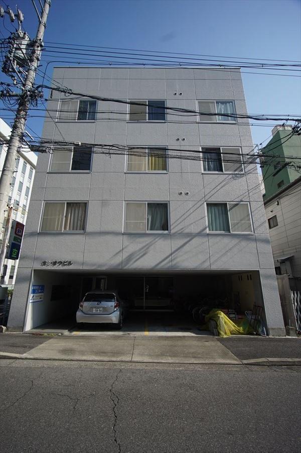 愛知県名古屋市中区、金山駅徒歩7分の築24年 5階建の賃貸マンション
