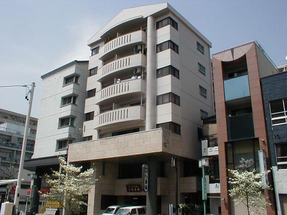 愛知県名古屋市中区、栄町駅徒歩7分の築28年 7階建の賃貸マンション