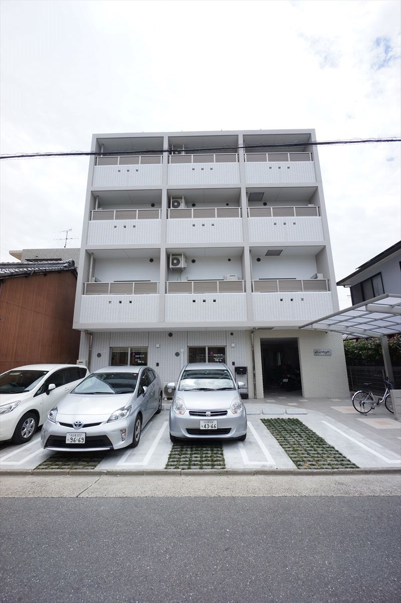 愛知県名古屋市中村区、中村公園駅徒歩18分の築2年 4階建の賃貸マンション