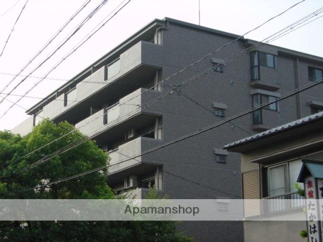 愛知県名古屋市東区、尼ヶ坂駅徒歩18分の築21年 5階建の賃貸マンション