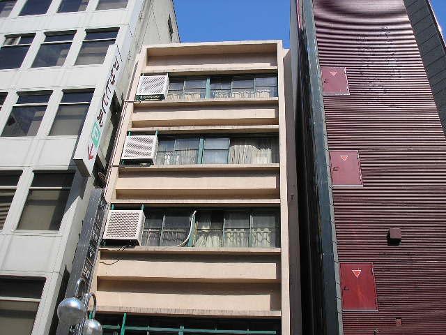 愛知県名古屋市中区、栄町駅徒歩3分の築57年 5階建の賃貸マンション