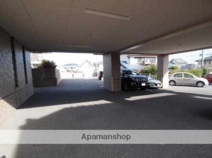 サンライズ新舞子[2LDK/64.98m2]の駐車場